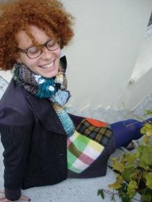 jupe patchwork veste jean écharpe laine tricotée